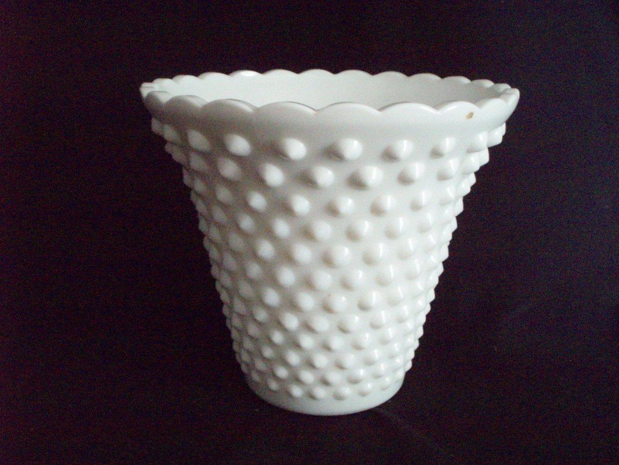 Barntiquestore north american fenton hobnail fenton milk glass hobnail 6 jardiniere vase vintage 3996 mi reviewsmspy