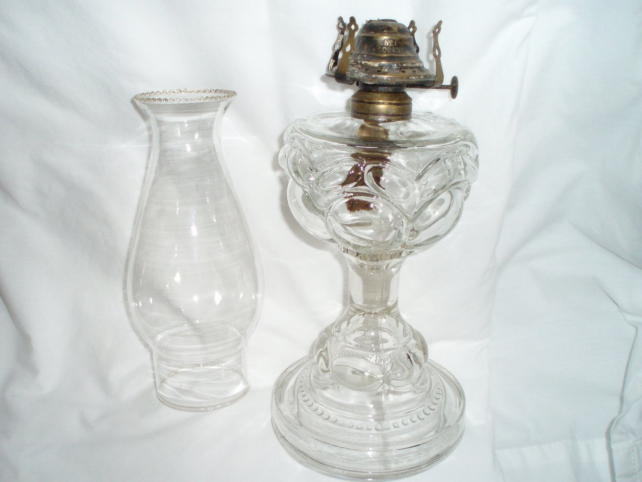 antique oil kerosene lamp lantern Chimney peanut pattern