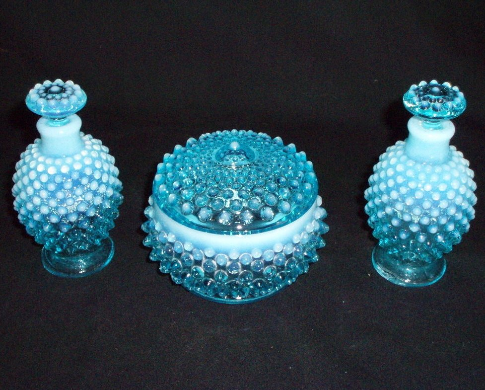 Image 1 of Fenton Vanity perfume set Blue Opalescent hobnail 3805