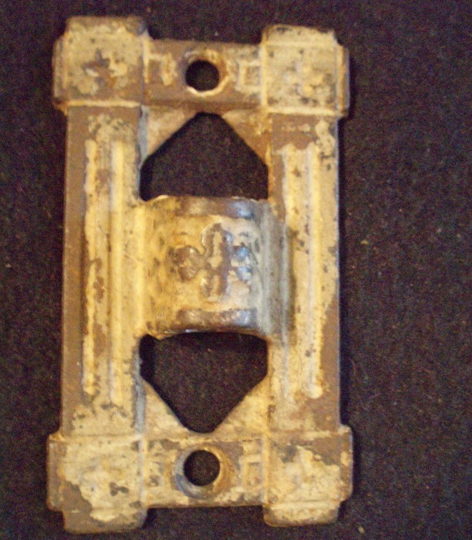 Victorian Fluer de Lis oil lamp bracket wall mount