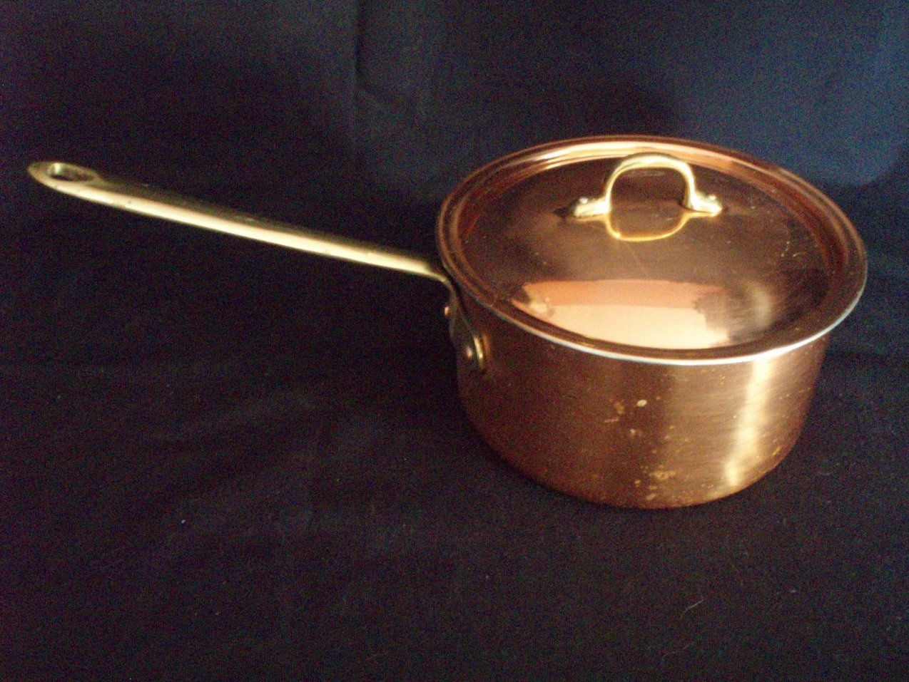 Copral solid copper 2 qt pot w/lid vintage cookware