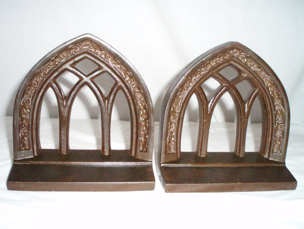 Bradley Hubbard Bookends Arch Cathedral windows Gothic Deco