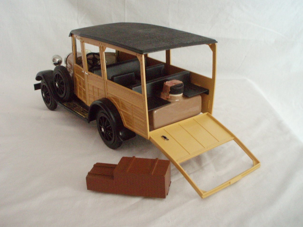Image 3 of Beam Whiskey Decanter 1929 Ford Woodie Wagon W/Box and Papers