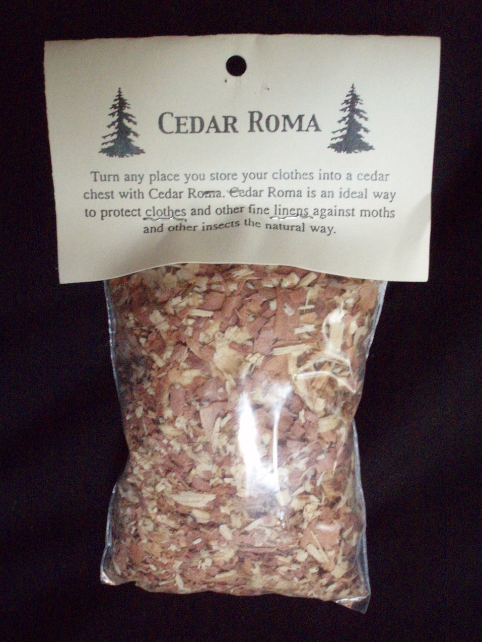 Cedar Roma Co wood shavings aromatic clothes protection