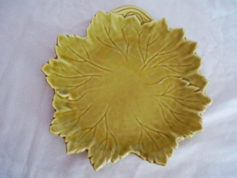 6 Steubenville Woodfield Leaf Plates Golden Fawn