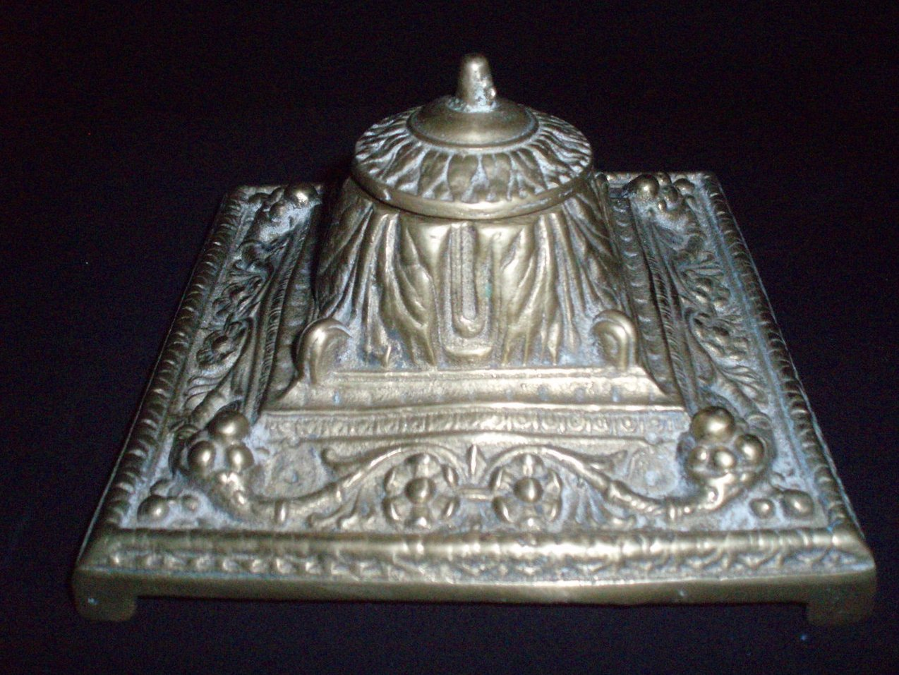 brass inkwell Italian Renaissance style ink holder 1880