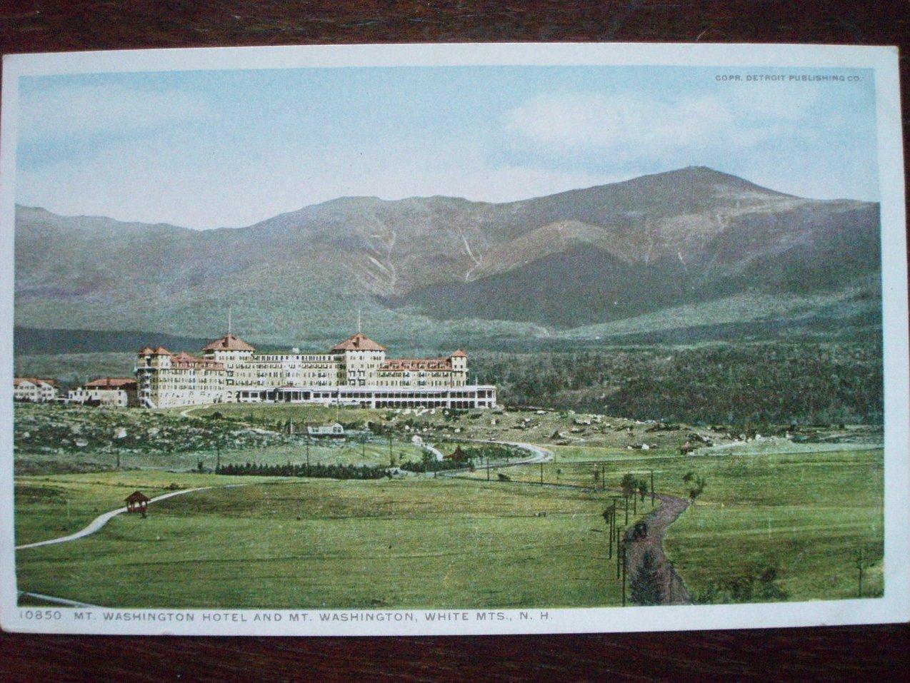 Antique Postcard Mt Washington Hotel & Mountain NH
