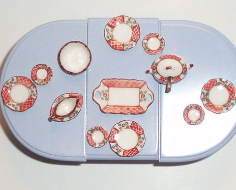 Dollhouse miniature China Dinner set 15 Piece Coral lattice floral