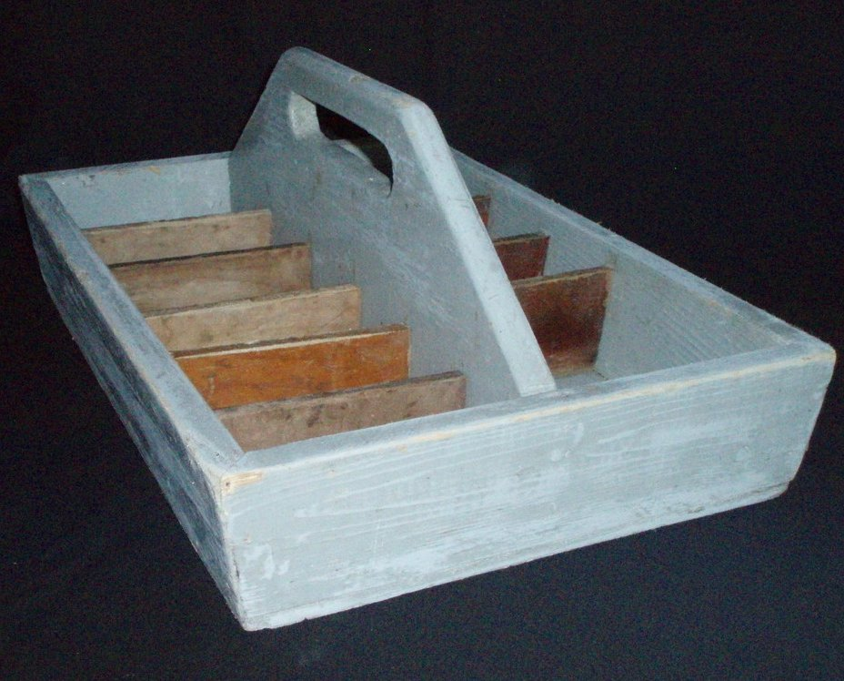 Vintage wood tool tote utensil tray multi carrier for Small garden tool carrier