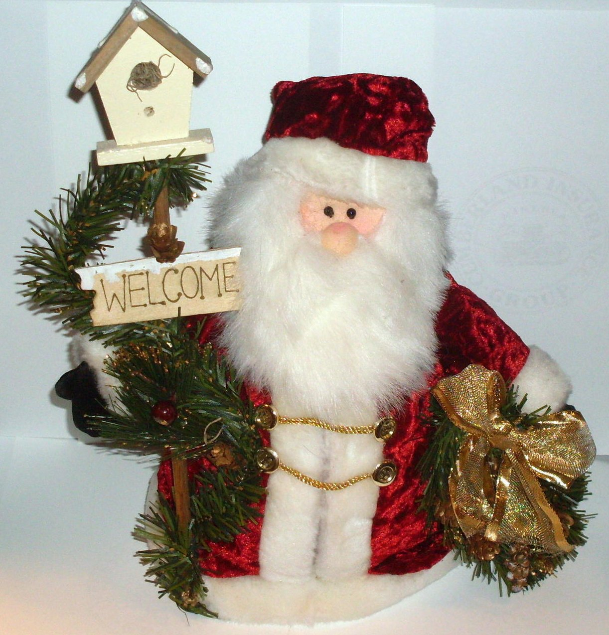 Welcome Santa with Birdhouse and Wreath Holiday Doll Decor