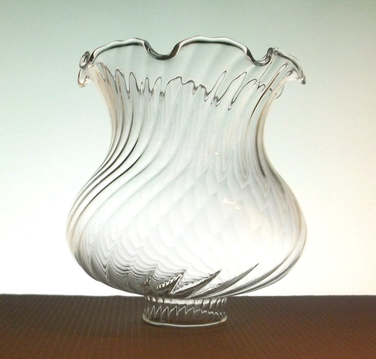 glass lamp shade 1 5 8 inch fitter x 5 inches ruffled swirls clear oos. Black Bedroom Furniture Sets. Home Design Ideas
