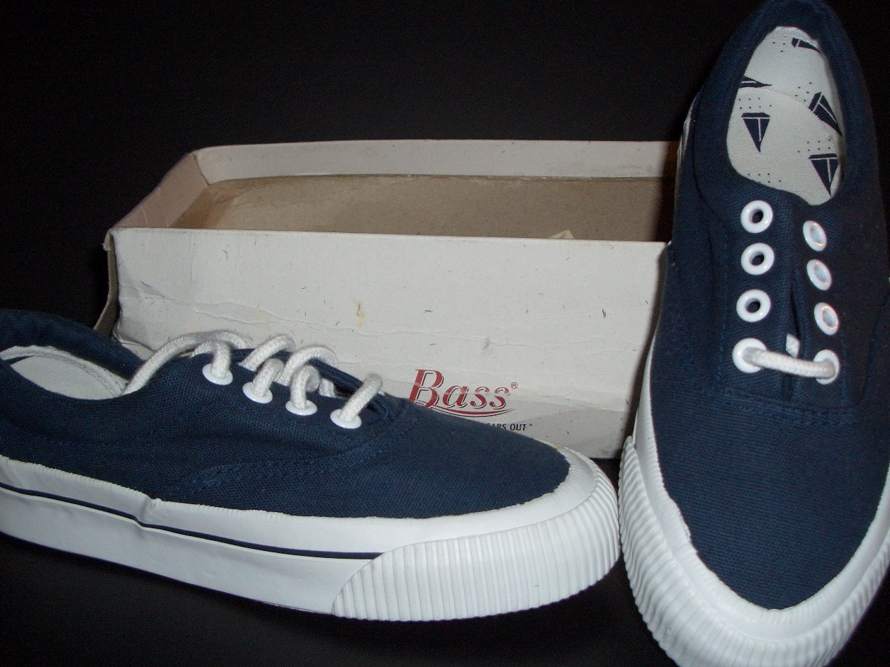 Bass Boat Shoes Boy s gh bass navy canvas boat