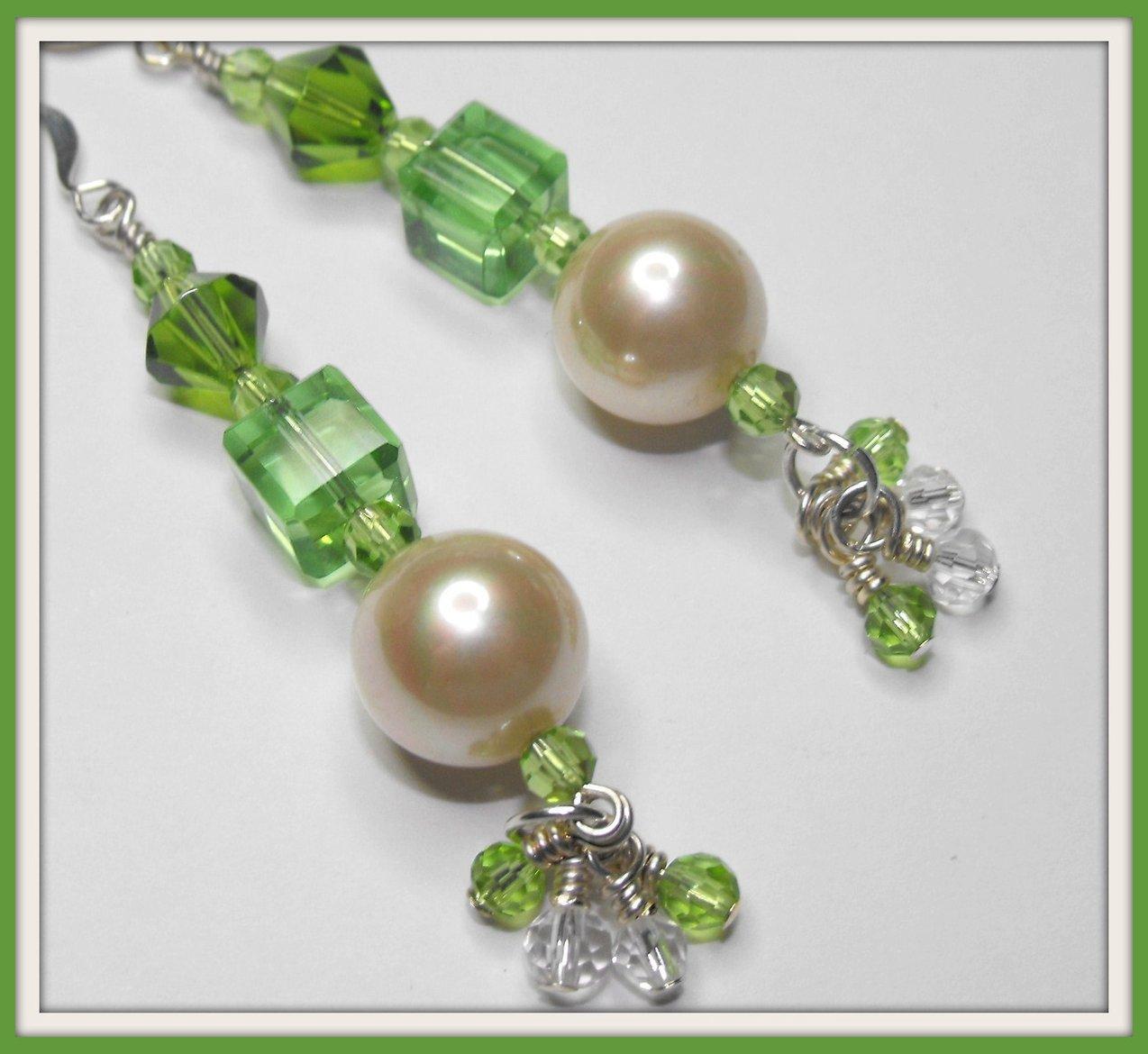 Beaded Handcrafted Earrings Peridot Crystal Beads Vintage Pearls