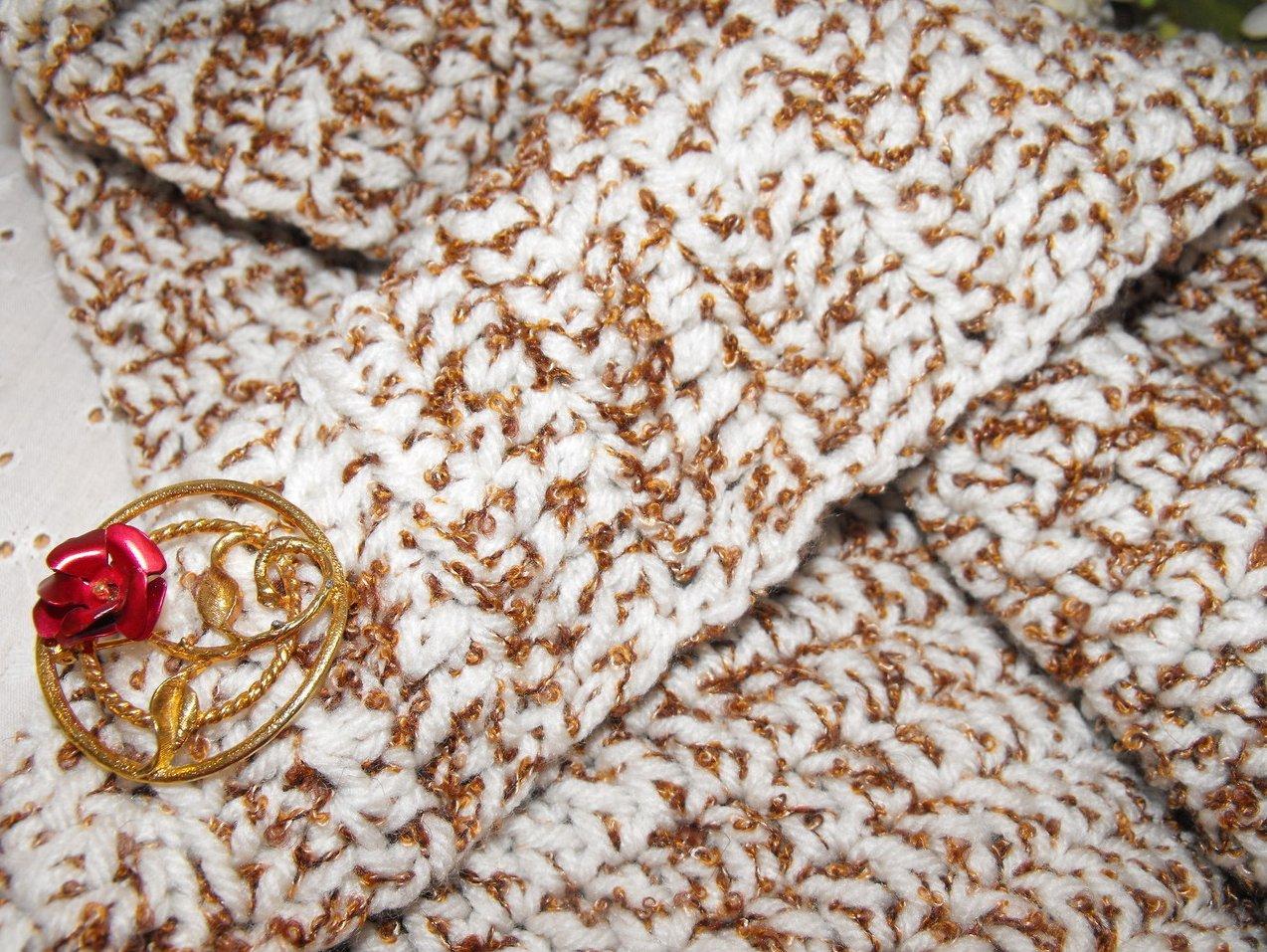 '.Tweedy Crochet Bag Closeup.'