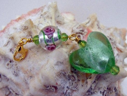 Beaded Purse Charm Bookmark Zipper Pull Green Murano Heart Crystal