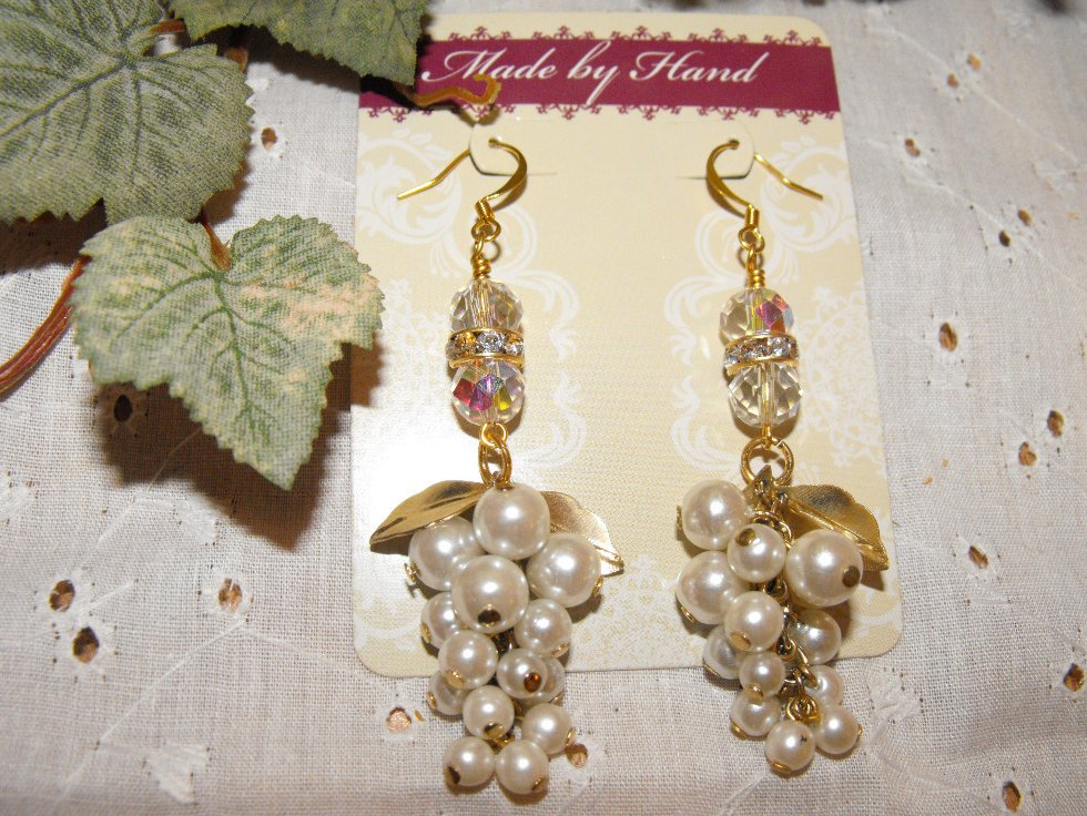 Image 1 of Handcrafted Earrings White Pearl Cluster Swarovski Gold Plated