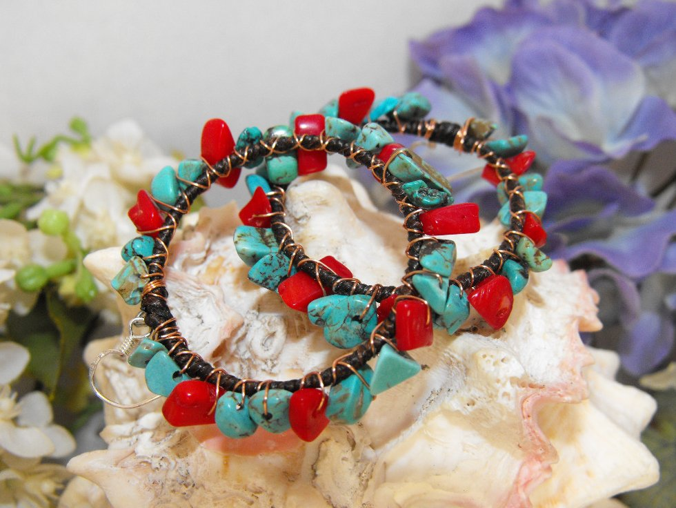 Image 0 of Hoop Earrings Turquoise Coral Chips Copper Wire 925 Silver