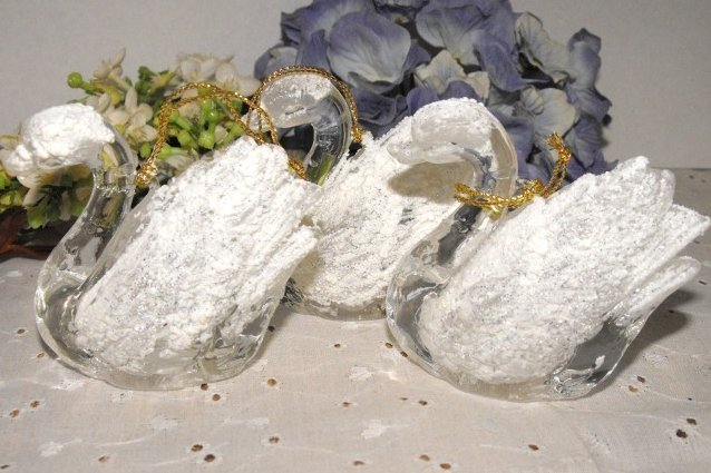 Image 1 of Ornaments Swans Lucite Frosted Set Three