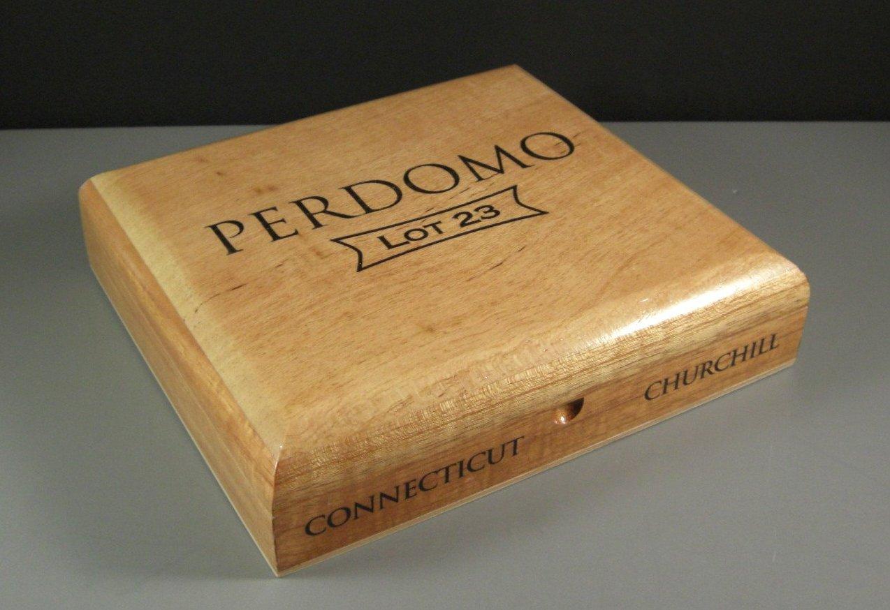 Churchill Connecticut Perdomo Cedar Cigar Box / Humidor