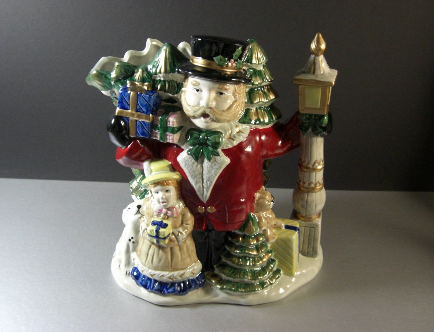 Fitz and Floyd Omnibus Christmas Carolers 2 1/2 Qt Holiday Toby Pitcher 1993
