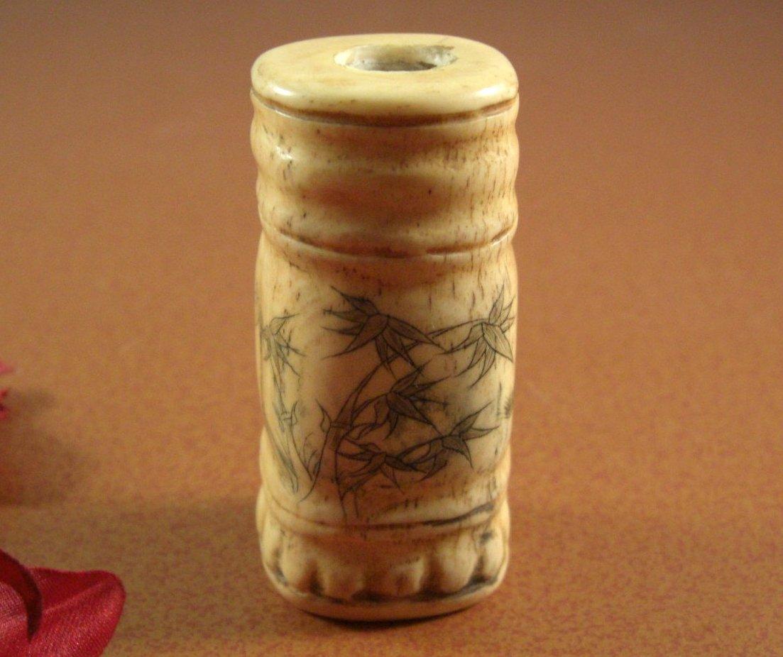 Carved Bone Scrimshaw Snuff Bottle Pen Holder