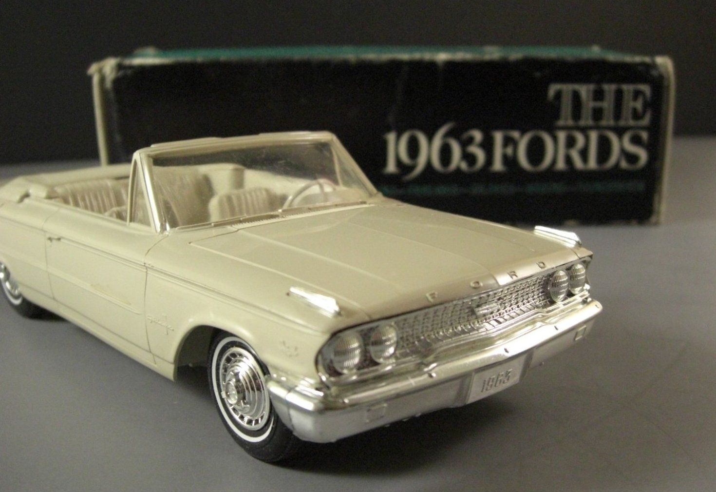 1963 Ford Galaxie Convertible Dealer Promo Model Car