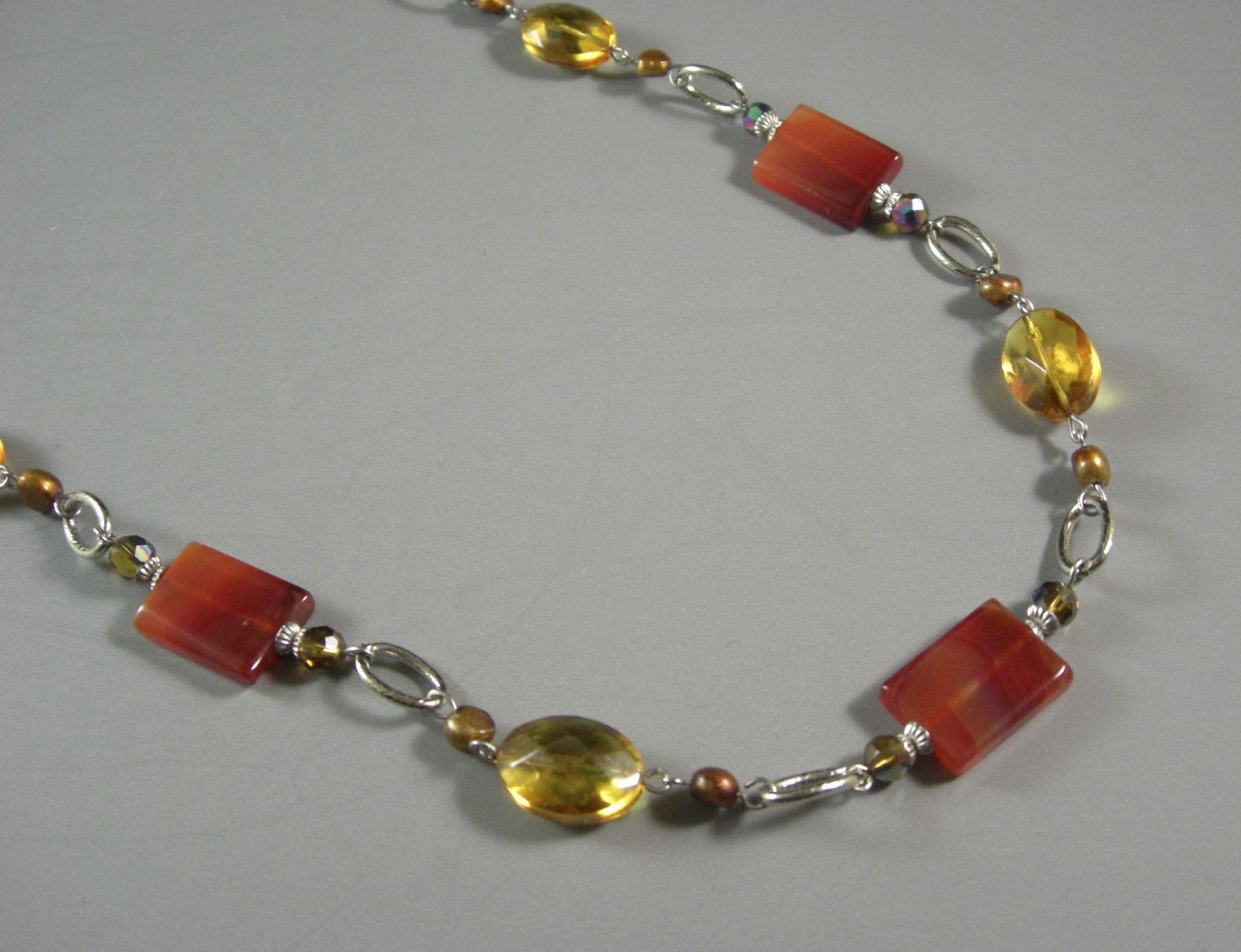 Chunky Amber Agate Chain Linked Necklace / 22 Over the Head