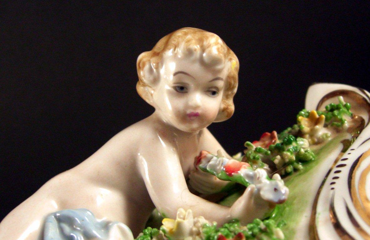 Porcelain Putti Cherub Dresser Trinket Jewelry Box Flowers with Spaghetti Trim