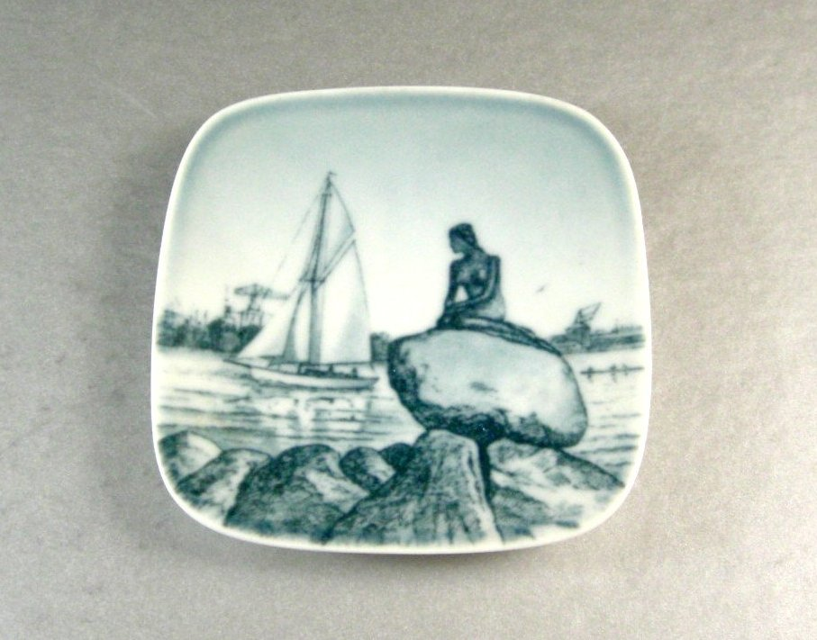 Bing and Grondahl Langelinie Little Mermaid Small Wall Plaque Plate - Denmark