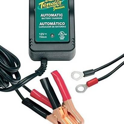 021-0123  Junior 12V Battery Charger by Battery Tender