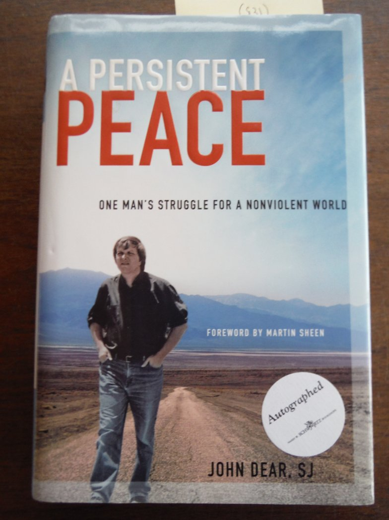 Image 0 of A Persistent Peace: One Man's Struggle for a Nonviolent World