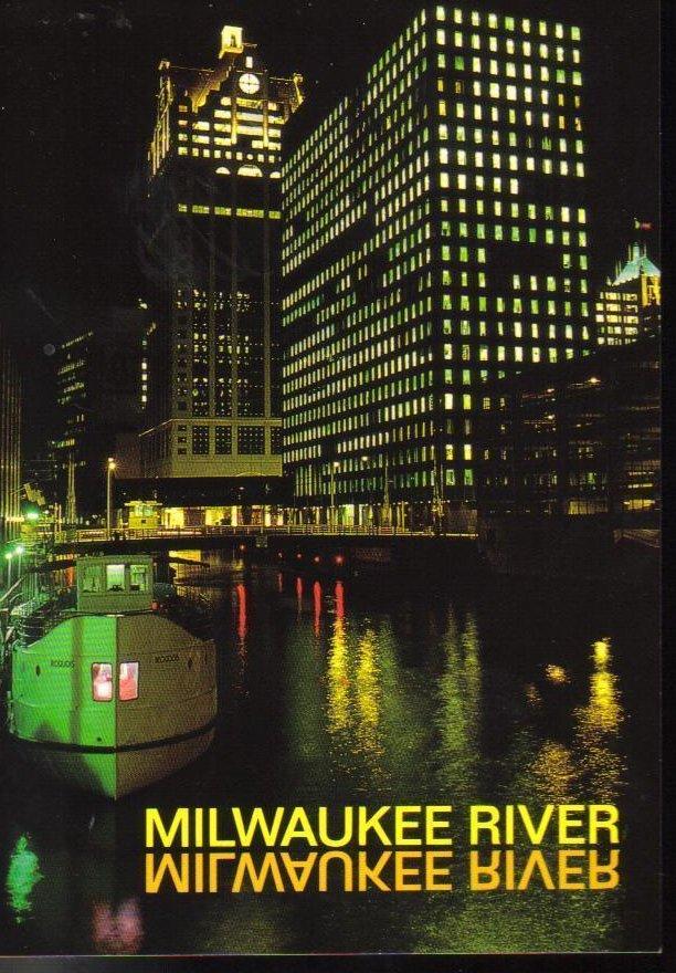 Milwaukee River, Wisconsin Postcard
