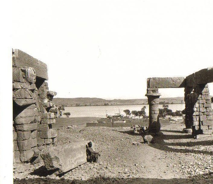 Forecourt of Temple of Gerf Hussein, Nubia Postcard