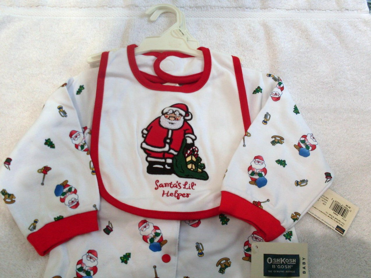 '.Infant Footed Sleeper Santa.'
