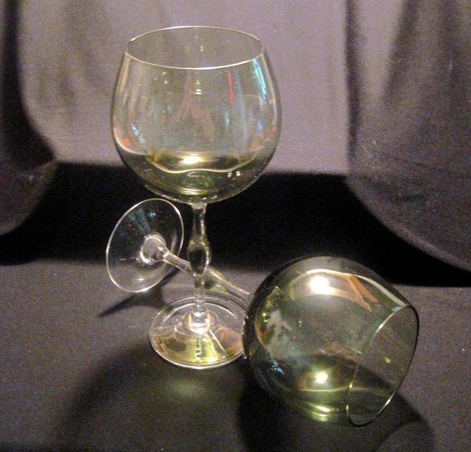 Crystal Balloon Wine Glass Stemware Olive Green Set of 2