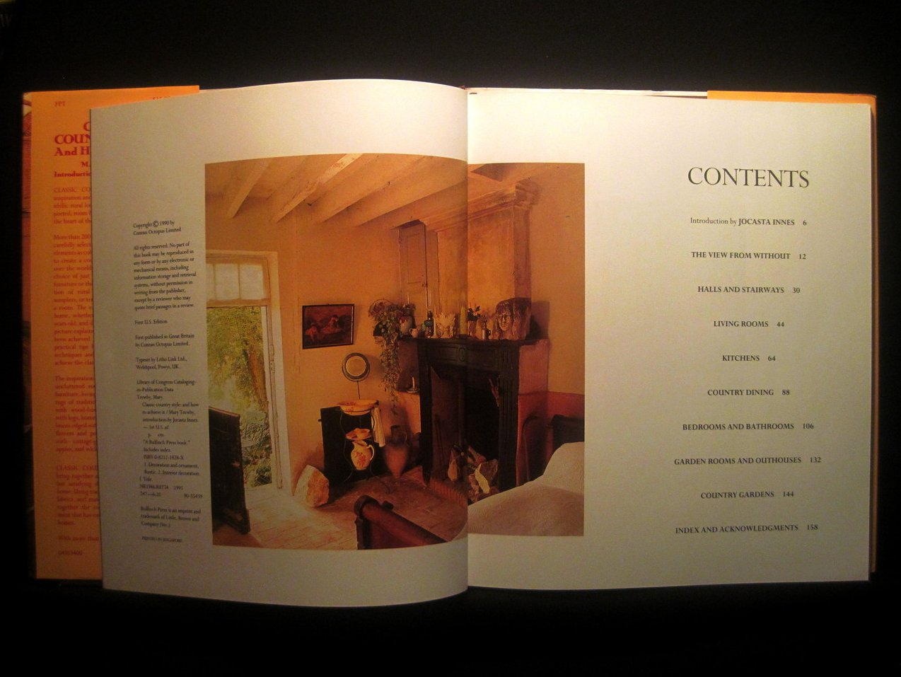 Image 1 of Classic Country Style and How to Achieve It by Mary Trewby