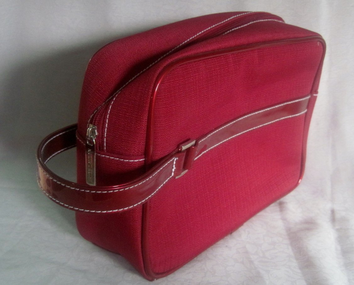 Image 0 of Estee Lauder Red Cosmetic Makeup Bag