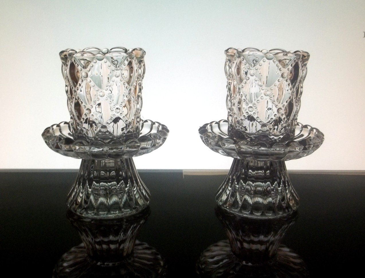 Partylite crystal candle holders quilted p9246 set of 2 for Used candle holders