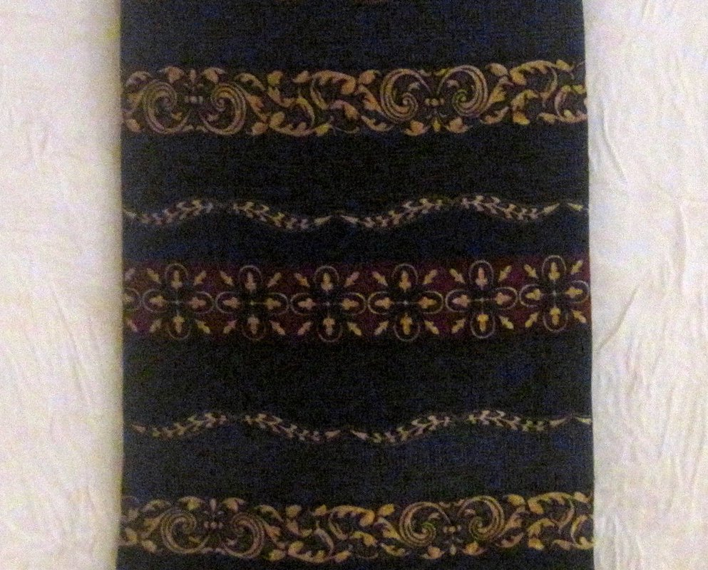 Image 4 of Roundtree & York Navy Silk Necktie Persian Paneled Print Tie