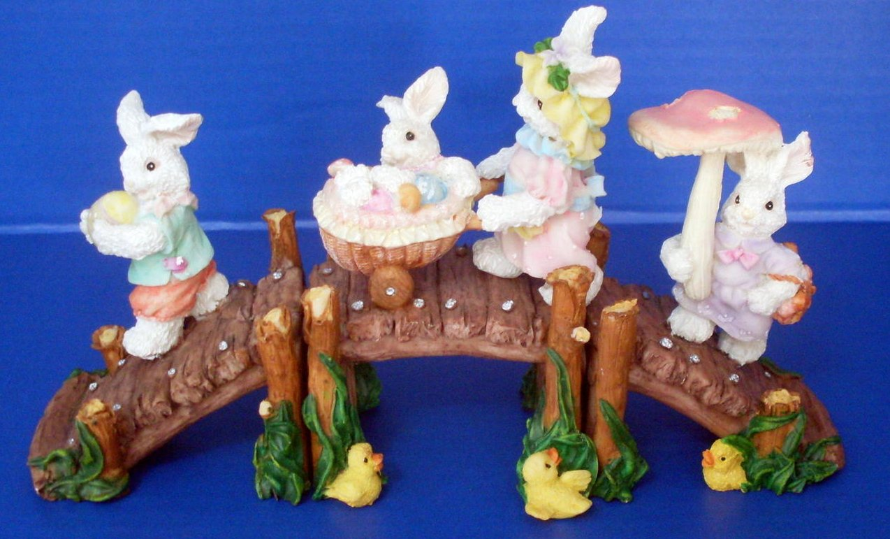 '.Easter Bunny Bridge Holiday .'
