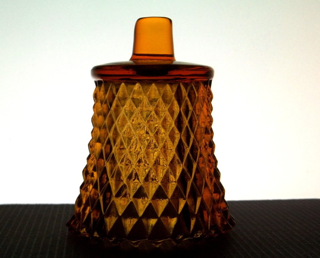 Home Interiors Diamondlite Peg Votive Holder Amber 1194