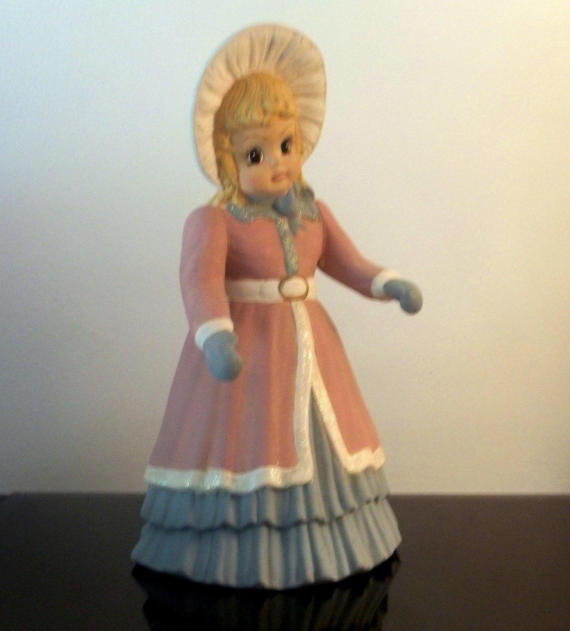 Vintage Christmas Caroler Noelle 13.5 inch Sugarplum Collection