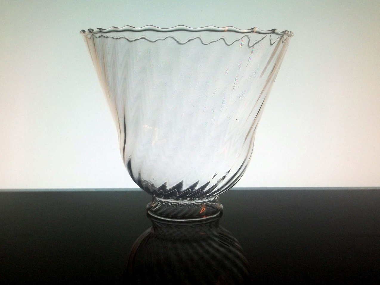 Glass Lamp Shade 2 1 8 Fitter X 5 X 5 5 Inches Rippled