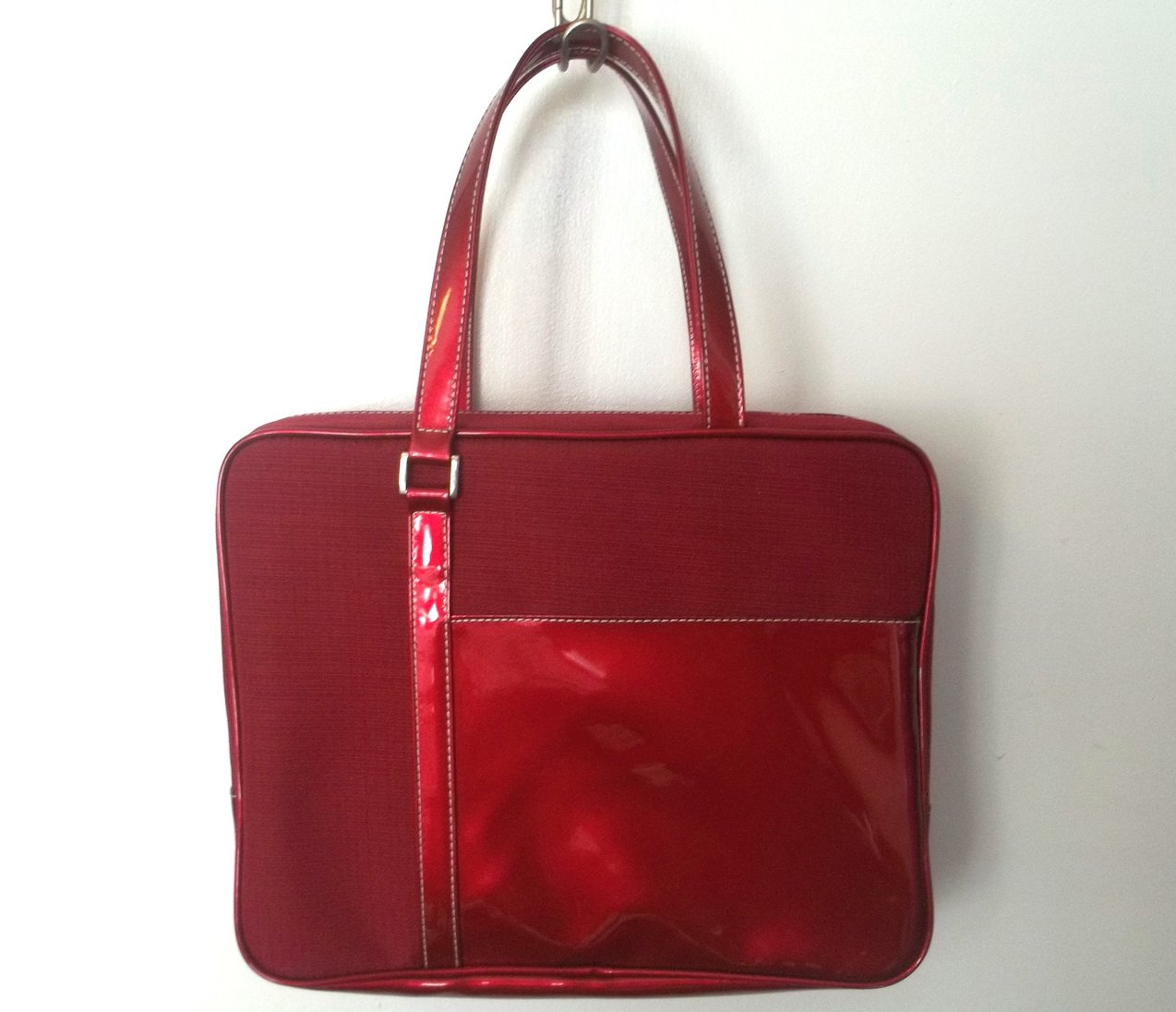 Estee Lauder Burgundy Red Travel Cosmetic Case Tote