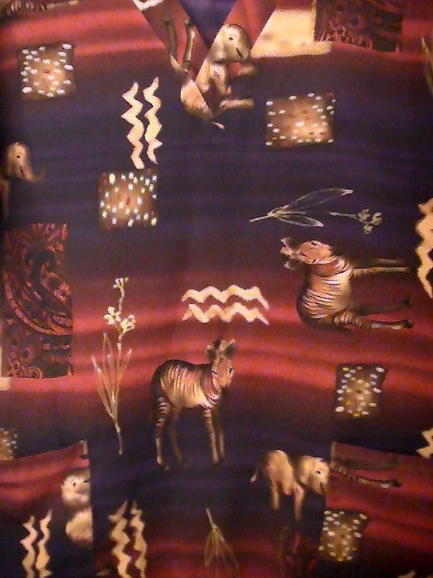 Image 1 of Scrub Top Uniform City Tribal Sahara Print Size M Womens