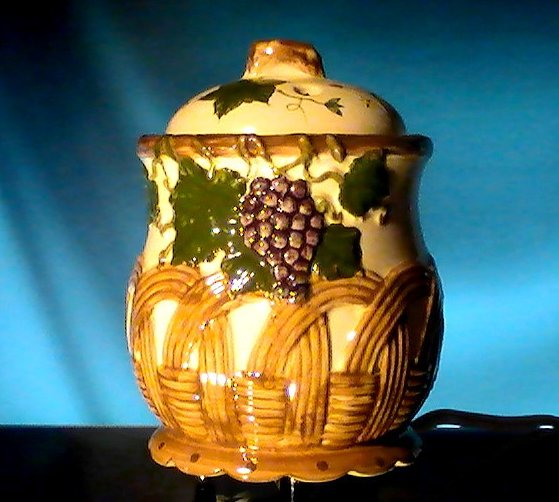 Ceramic Electric Potpourri Pot Grapes and Basket Room Fragrancer