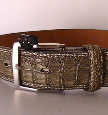 Leather Belt Gray Crocodile Silver Buckle Size Small 27 - 31 inch waist