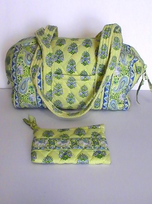Image 5 of Vera Bradley Duffle Shoulder bag Citrus Green with matching Coin Purse Green