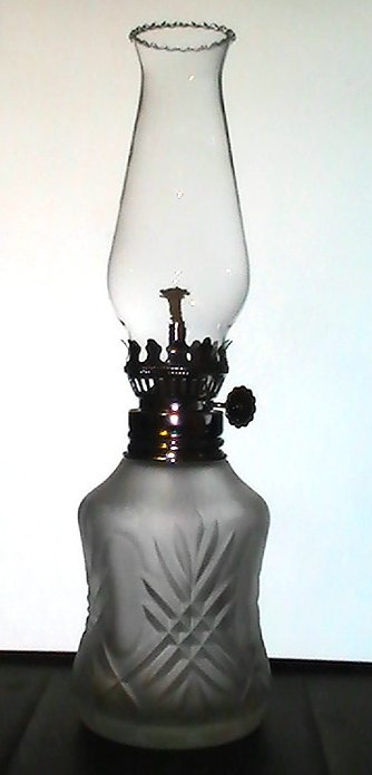 Small Oil Lamp Frosted Cross hatch Base 9.5 inches