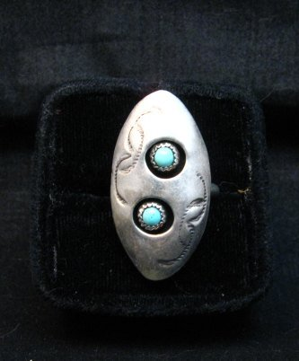 Image 1 of Vintage Native American Turquoise Silver Shadowbox Ring sz7